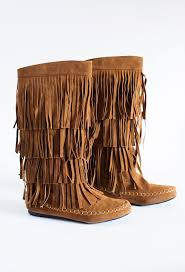 25 brown leather boots ideas on best 25 fringe boots ideas on fringe booties wedge