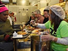 eileen hickey thanksgiving dinner mixes community charity and food