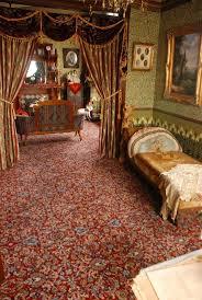 Victorian Interior Design Bedroom Best 25 Victorian Wallpaper Ideas On Pinterest Damask Wallpaper