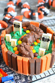 Cake Recipes For Halloween Kit Kat Halloween Cake