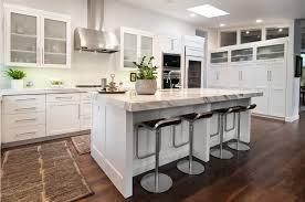 belles cuisines traditionnelles meuble cuisine traditionnelle ilot cuisine design cbel cuisines