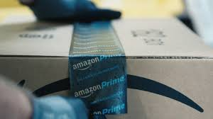 Amazon Is Hiring 5 000 See How Amazon Packages Ship With Less Than 60 In Human Hands