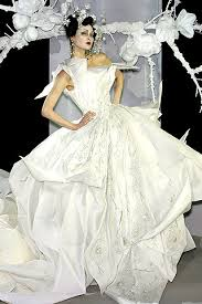 Sell Your Wedding Dress Weddingspies Dior Wedding Dresses Sell Your Wedding Dress