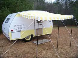 Roll Out Awnings For Campers Best 25 Camper Awnings Ideas On Pinterest Trailer Awning Pop