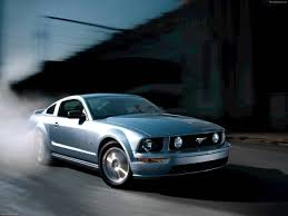 ford mustang gt wallpaper ford mustang gt 2005 pictures information specs