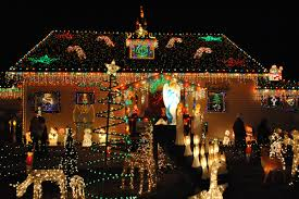 outside christmas light displays secrets of a pro how to create a dazzling christmas light display