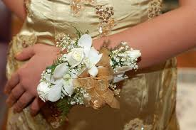 prom corsage ideas how to make a wedding corsage