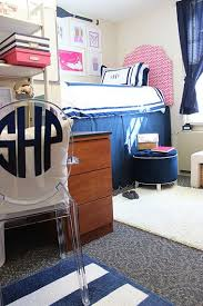 Best 10 Preppy Bedding Ideas by Best 25 Pink Dorm Rooms Ideas On Pinterest Dorm Room Desk