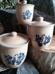 Canister Sets For Kitchen Ceramic Pfaltzgraff Yorktowne Canisters For The Kitchen Pinterest