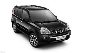 black nissan x trail
