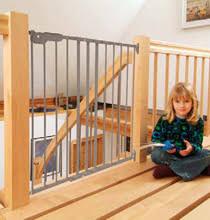 kinderschutzgitter treppe kinderschutzgitter übersicht sicherheit im wohnbereich bei