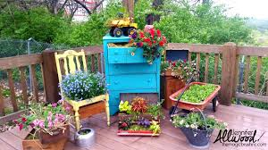 Cool Planters 10 Creative Container Ideas For People Who Love The Container