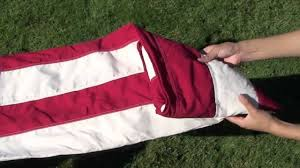 How To Dispose Of An American Flag When Torn How To Fold The American Flag Youtube