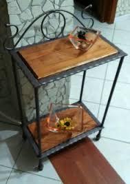 etagere legno tavolino tavolo ferro battuto legno salva spazio divano salotto
