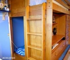 Bunk Bed With Desk And Trundle Trundle Bed With Desk Thing
