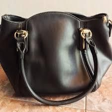 Tas Huer Original tas huer original preloved fesyen wanita tas dompet di carousell