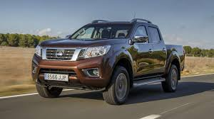 new nissan truck first drive the new nissan np300 navara pick up top gear
