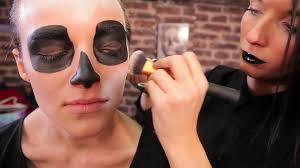 comment faire un maquillage de squelette tuto beauté se faire un maquillage squelette