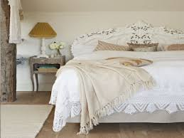shabby chic beach decor bedroom shabby chic lavender bedroom daybed bedspread underbed
