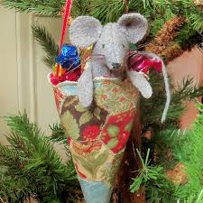 265 best a mouse craft images on