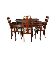 bernhardt queen anne style mahogany dining table and chairs ebth