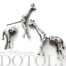 giraffe earrings 3d realistic giraffe animal stud earrings in silver