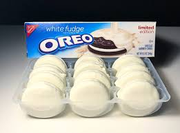 where can i buy white fudge oreos review white fudge oreos junk banter