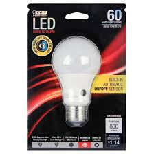 feit a19 60 watt led dusk to dawn sensor light bulb 3000k soft