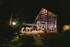 Wedding Venues In Austin Tx What To Know Before Touring Wedding Venues A Free Wedding Guest