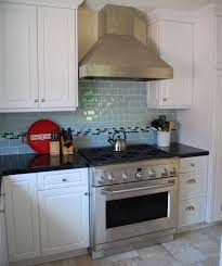 White Glass Backsplash by Gray And White Glass Backsplash Amazing Kitchen With White Glass
