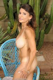 Backyard Milf Milf Tori Baker Flicking At The Backyard Milf Fox