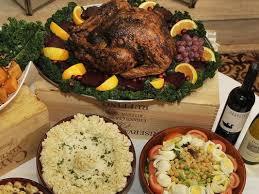 restaurants offer thanksgiving dining service