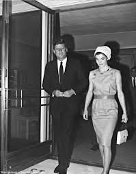 9 facts you may not have known about jfk and jackie u2013 dusty old thing