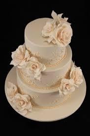 wedding cake roses bakerz wedding cake