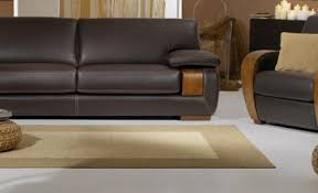 canapé cuir naturel un avenir pour le canapé cuir et bois
