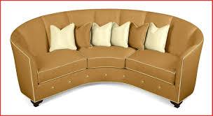 canape forme ronde canape forme ronde 122539 canapé rond classique en cuir 3 places