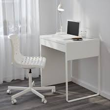 Modern Desks Small Spaces Modern Small Desks For Small Space Saomc Co