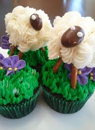 Edible Easter Decorating Ideas by 81 Best Holiday Cupcake Decorating Ideas Images On Pinterest