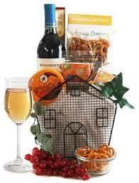 Bourbon Gift Basket Best Realtor Closing Gift Ideas Under 100 00 Housewarming Gifts