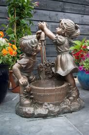 fontaine murale en zinc les 25 meilleures idées de la catégorie fontaines de jardin sur