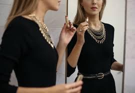 black necklace dress images Necklace for a black dress traumspuren jpg