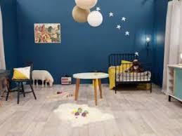 chambre d enfant bleu une chambre de garçon en bleu nuit par carnet deco