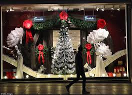 Window Display Christmas Decorations Uk by London U0027s Department Stores Compete For The Capital U0027s Best