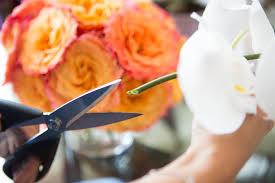 Arranging Roses In Vase Arrange Flowers In Vase U0026 Tricks Arranging Artdreamshome