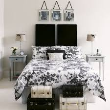 color ideas and pictures for bedrooms with black furniture
