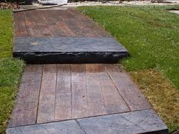 Painting A Cement Patio by Painting A Faux Slate Walkway On Concrete Slate Walkway