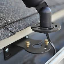 gm100 gutter mount for landscape lights raleigh by clarolux