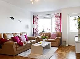 Simple Living Room - Simple living room decor ideas