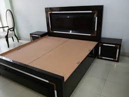 designer bedroom double bed in timber market kirti nagar new