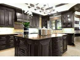 Khloe Kardashian Home by Kitchen Khloe Kardashian Kitchen 00016 Khloe Kardashian Kitchen